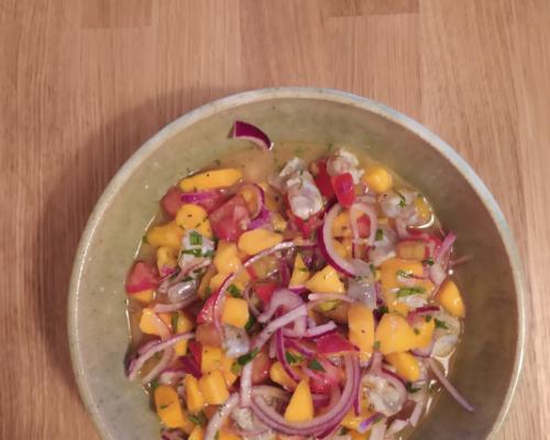 Ceviche de mango y langostinos